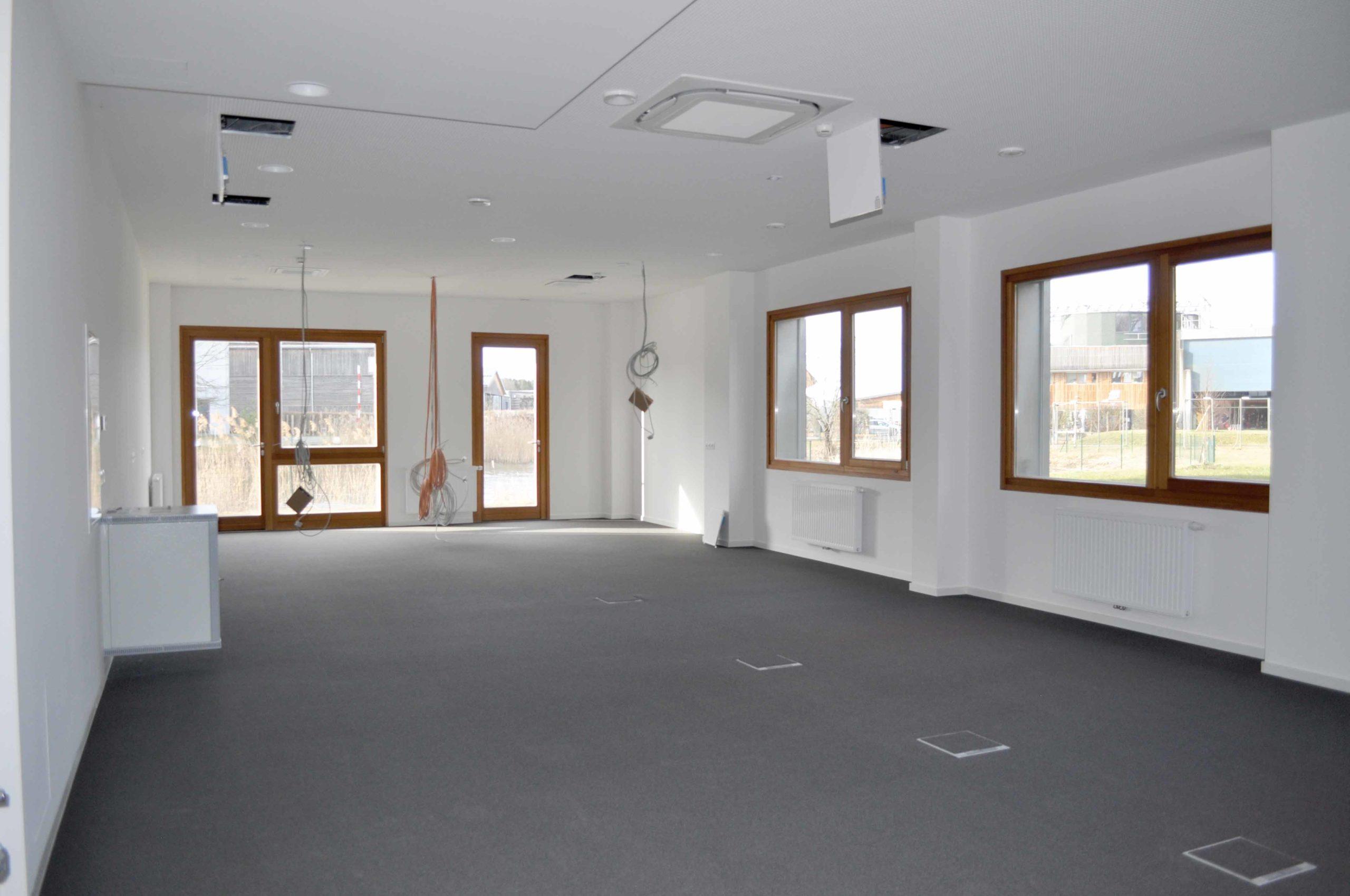 neu sanierte Bürofläche Zentralgebäude UG