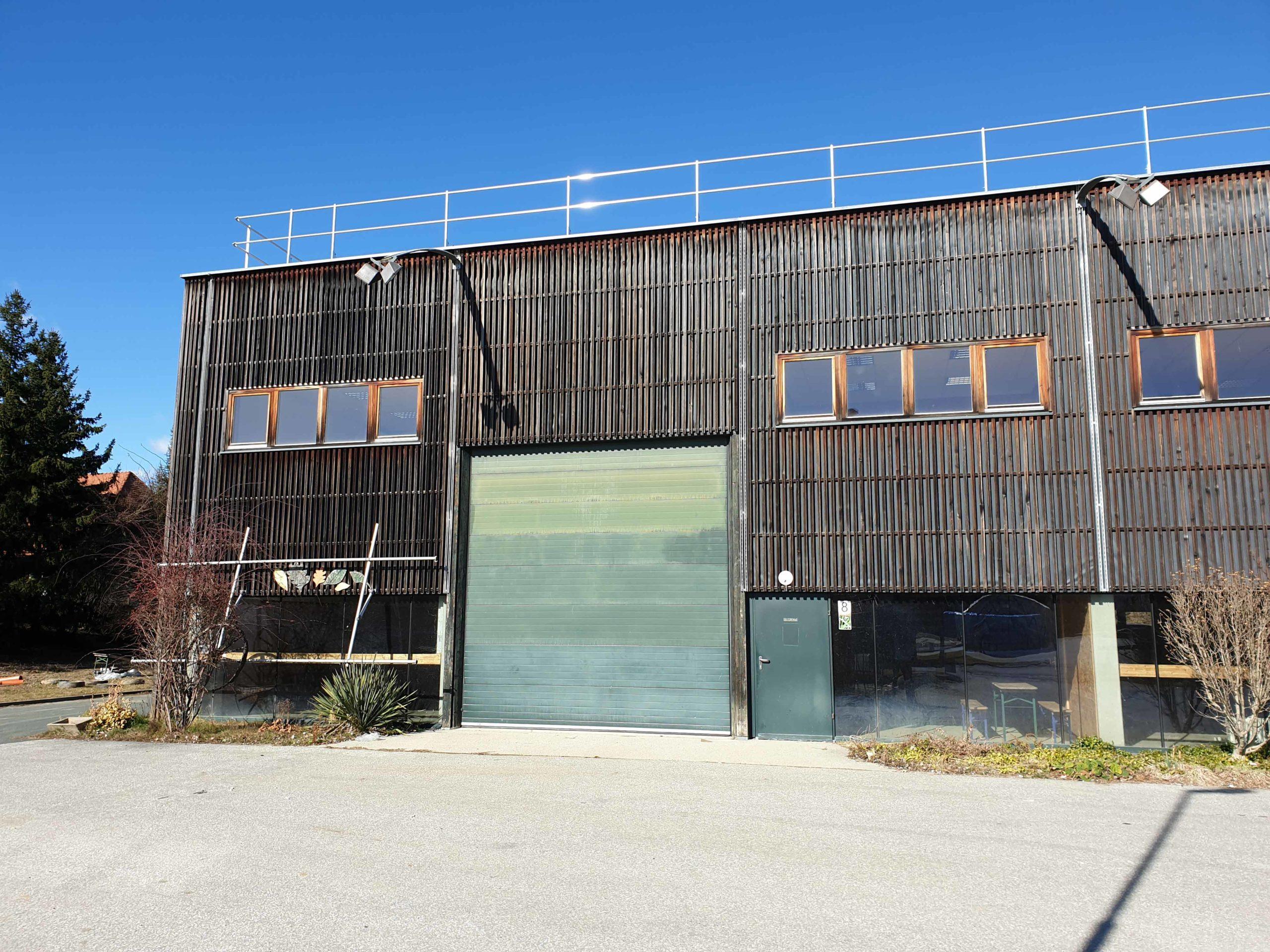 Solarhalle Aussenansicht Ökopark Hartberg