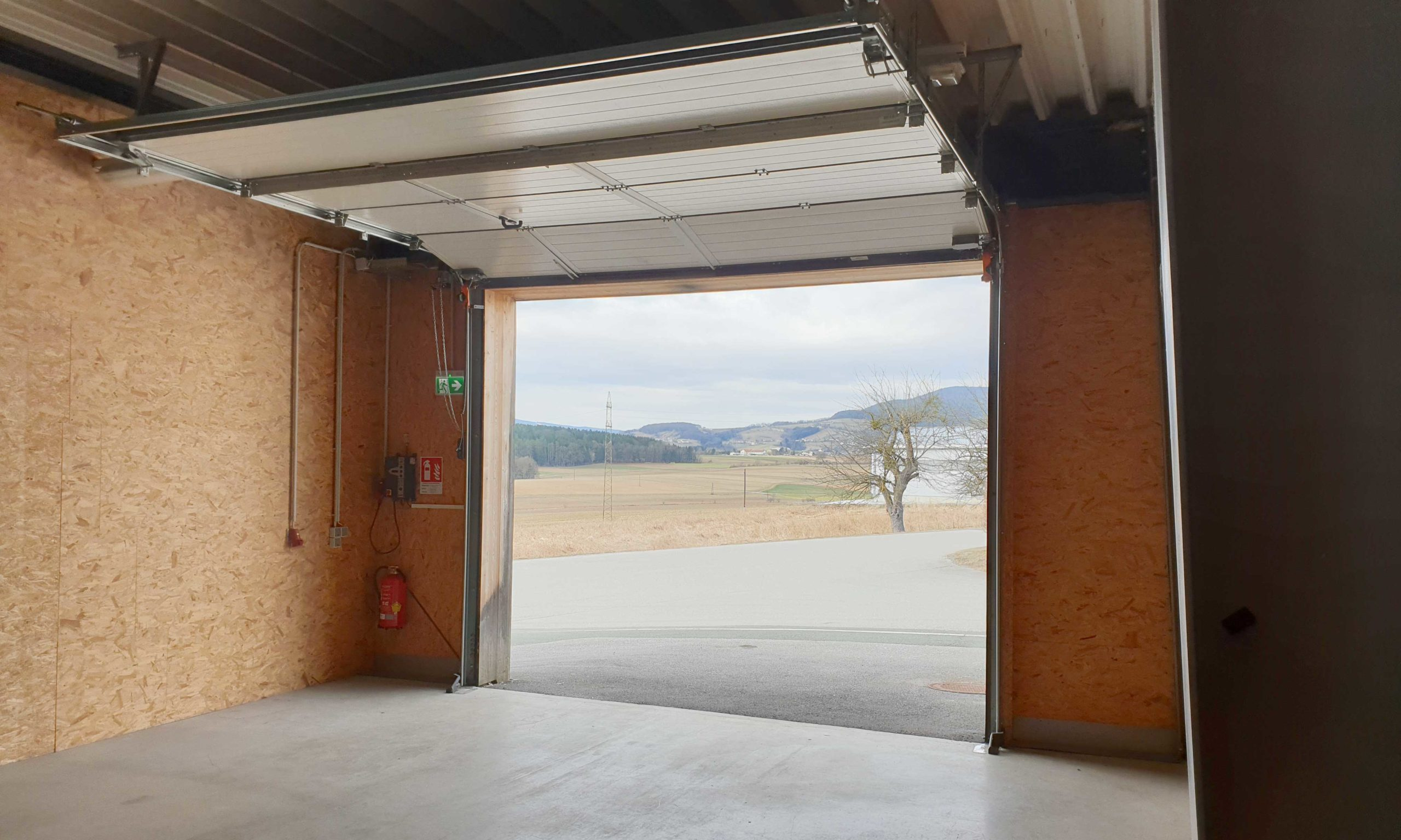 Rolltor Innenansicht Halle am Ökopark 5